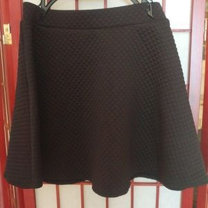 Black quilted skater skirt, new